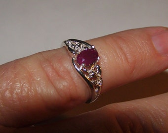 Ruby Gemstone in Sterling Silver Ladies Ring Intricate Band Setting, size 6 1/4
