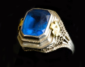 Antique Blue Topaz ring