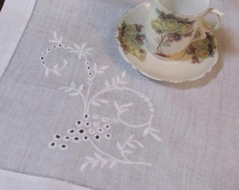 Wow...Lowered Price...Lovely French Country Table Runner, Table Topper, Grapes on Linen