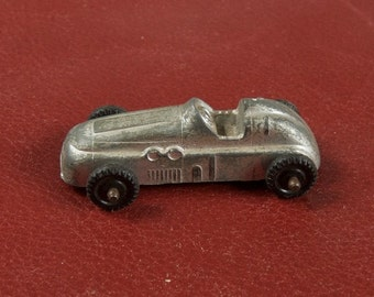 1950s Die Cast Midge Toy Race Car ces