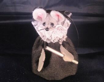 Felt Mouse with a Flute