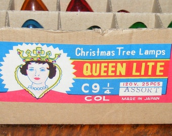 Vintage Mid Century Store Counter Display Box Queen Lite Christmas Tree Lamps Color Light Bulbs
