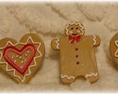 6 Vintage Holiday Button Covers Gingerbread Candy Cane Cookie Hearts 1970's Shoe Clips Hair Clips