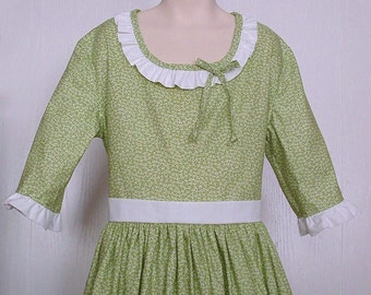 Girls Colonial Market Day Dress  Civil War Costume  Pioneer Size 10/12     -    Ready to Ship