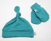 Newborn Bamboo Beanie Hat and Mitt Set Limited Edition