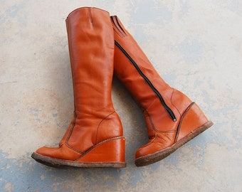 vintage 70s Platform Boots - 1970s Campus Boots - Tan Leather Wedge Heel Boots Tall Boho Hippie Boots Sz 7.5 38