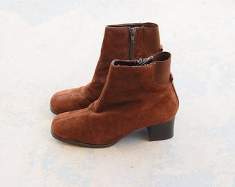vintage 90s Ankle Boots - 1990s Brown Suede Chelsea Boots - Chunky Heel Boots Sz 7 38
