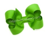 Apple Green Hair Bow, 3 inch Hairbow, Medium Twisted Boutique Bow, No Slip Hairbow for Baby, Toddler, Girls