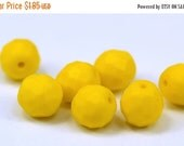 50% DISCOUNT 10 Vintage Glass Faceted Yellow Beads  ( 10 Mm ) Cv21