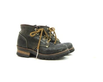 Black Leather Boots Lace Up Chunky Ankle Boots Skechers Fall Grunge Hiking Shoes Hipster Worn In Distressed Boots Vintage Women's Size 6.5