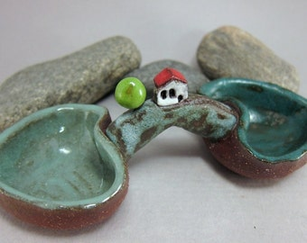 Hilltop Cottage...Salt & Pepper Holder in Stoneware