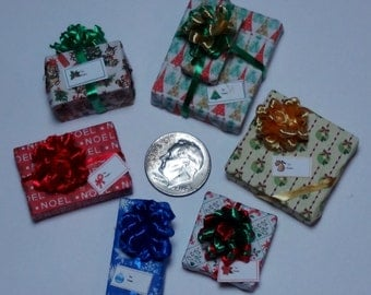 Six Assorted Miniature Christmas Packages set XP113
