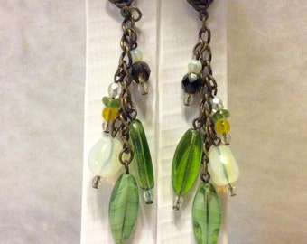 Green and white glass beads celtic knot drop dangle earrings. Free ship