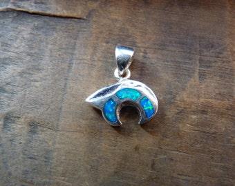 Zuni bear pendant