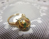 Size 9 Tarnish Resistant Goldtone Wire Wrapped Ring w. 8mm Cloissone Bead Center