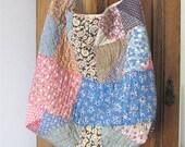 Repurposed Bag, Repurposed Quilt, Shoulder Bag, Feedsack Quilt, Market Bag, Boho Bag, Cross Body Bag, cottage Chic, Quilted Bag, Large, Gift