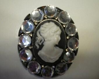 Vintage Lee Angel Rhinestone Black and White  Cameo Pin