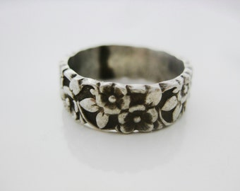 Size 5 3/4 Vintage Sterling Silver Flower Ring Band