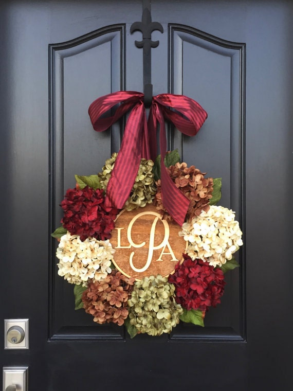 CHRISTMAS WREATH, Holiday Wreath, THANKSGIVING Wreaths, Hydrangea Wreaths, Holiday Decor, Front Door Wreaths, Holidays, Monogram Wreaths