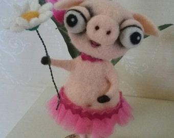 Piggy with daisy