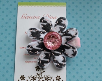 Houndstooth with Pink Bling Felt Flower Hairclip