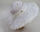 70's Wide Brim Bridal Hat / Veil / Lace and Daisies Wedding Hat