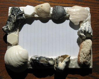 Sea Shell Picture Frame (holds a 4 x 6 photograph)