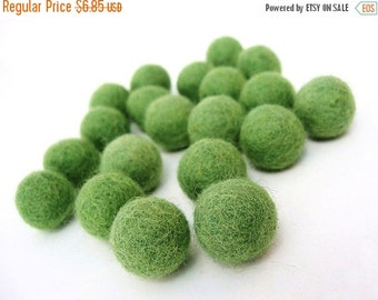 ON SALE 15% OFF Felt Balls Green - 20 Pure Wool Beads 20mm - Moss Green Shade -   (W203)