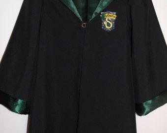 Slytherin Robe, Harry Potter inspired,  (size 6-8) with wand for Halloween, Dress Up,Birthday