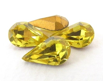 Vintage Swarovski Crystal Rhinestone Citrine Yellow Pear Teardrop Jewel 13x8mm swa0729 (4)
