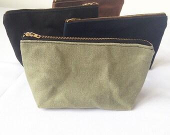 Hemp Canvas Pouch. Waxed Canvas Water Resistant Makeup Bag. Organic Make Up Bag. Cosmetic Zipper Clutch. Zip Makeup Pouch.