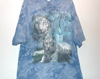 "Lions Vintage TShirt The Mountain Cotton Tee Shirt Nature Wildlife Top 54""Wide 31""L Big Cats Blue Acid Wash Tie Dye Mather Nature Hippie"