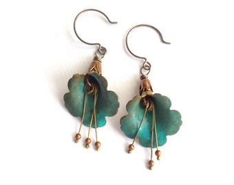 Bohemian Trumpet Flower Earrings - Verdigris
