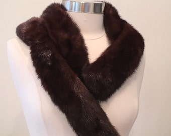 1950s 1960s Vintage Ranch Mink Collar / Stole / Scarf / Wrap - Luxurious Glamorous - Luxury Glam Soft and Warm - Fancy Fur - Chic Accessory