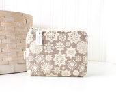 Rustic Snowflake Coin Purse Gift Card Credit Card Holder Rustic Zipper Pouch Change Purse