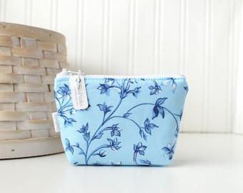 Cornflower Blue Floral Coin Purse Gift Card Credit Card Holder Small Zipper Pouch Blue Change Purse