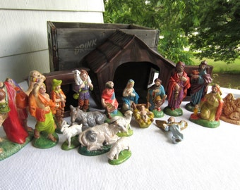 Vintage 1979 Atlantic Mold Ceramic Nativity Creche set of 21 Pieces Includes Stable
