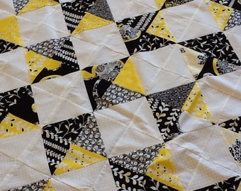 Quilt Top : Yellow and Black Handmade/Unfinished