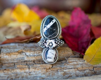 Sz 7.25 Mama Skunk Baby Skunk Ring - White Buffalo Turquoise Ring by Prairieoats