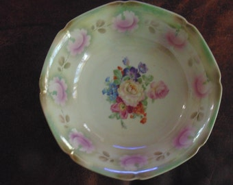 CLEARANCE!! Beautiful Vintage Bavarian China Serving Bowl