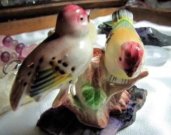 Vintage Bird Figurine Mama & Baby Porcelain Birds  Red Head Bird Figurines