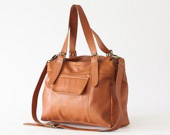 Laptop tote bag in light brown leather, work bag, crossbody purse, leather work tote, messenger bag, laptop bag-Ophelia bag