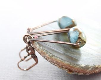 Swinging triangle copper earrings with mosaic aquamarine with tiger eye stone - Dangle earrings - Geometric earrings