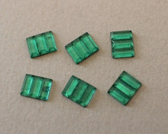 6 Vintage Art Deco Emerald Glass Stones
