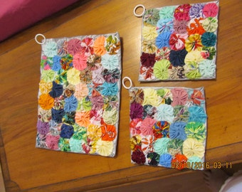 Hawaiian  Yoyo Potholders Set of 3 with Thermofleck by Marianne of Maui