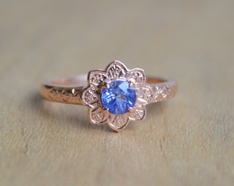 Rose Gold Sapphire Ring, engraved flower ring, sunflower ring, ceylon sapphire ring, gemstone ring, gemstone jewelry, gifts for mom