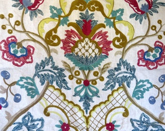 Vintage linen cloth embroidered with floral french design wool embroidery yarn threads