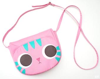 Pinky cat cross body bag