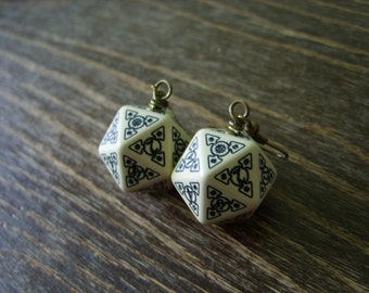 D20 steampunk dice earrings dice jewelry dnd dungeons and dragons toothed bar pathfinder dice jewelry steam punk earrings dice