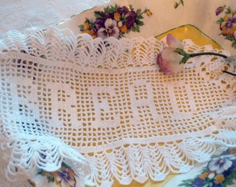 Doily, Bread, Filet Lace, Basket Liner, Handmade, Linens and Lace, French Country, by mailordervintage on etsy